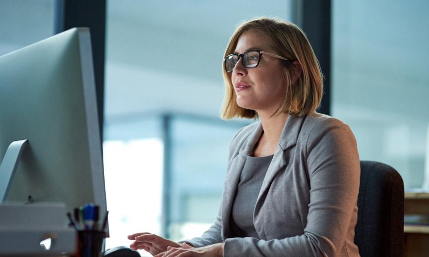 Un empleado que comienza un plan de jubilación