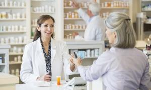 Women talking to pharmacist