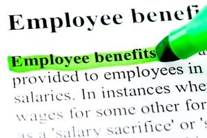 highlighting your benefits plan to improve employee retention