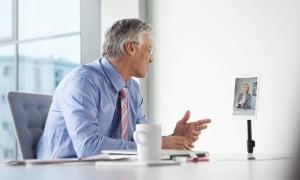 HR director discusses extensions on benefit plans with employee after a final rule was issued.