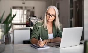employee reviewing retirement plan information