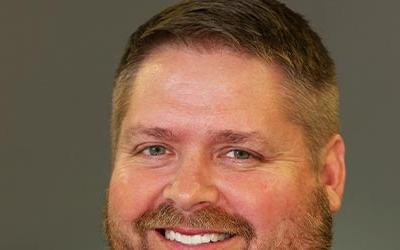 Wade Conlan, gerente comisionado de Disciplina Energética de Hanson Professional Services, Inc,