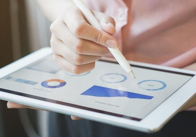 Ver las herramientas financieras en una tableta