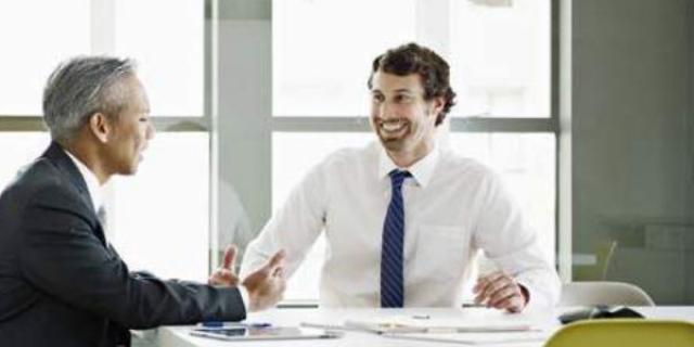 Tarjetas de documento técnico de la financiación para el negocio