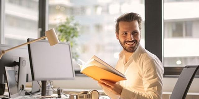 Tarjetas de documento técnico para la constitución legal del negocio