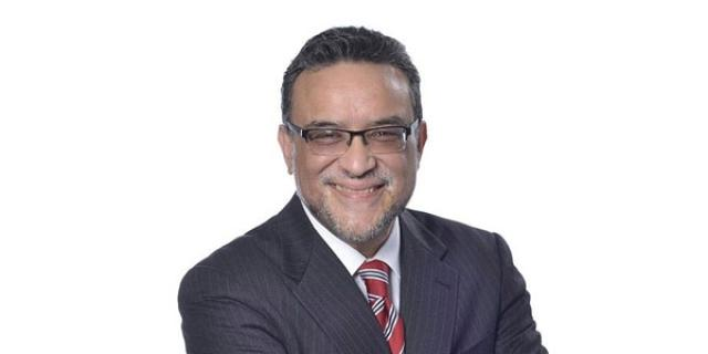 executive bio efrain rivera